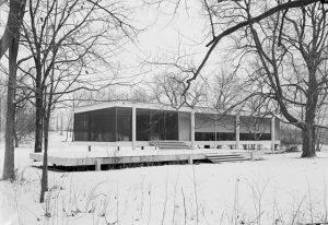 Casa Farnsworth de Mies van der Rohe (1950). Fuente: Wikipedia.