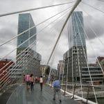 Puente Zubizuri en Bilbao. Santiago Calatrava