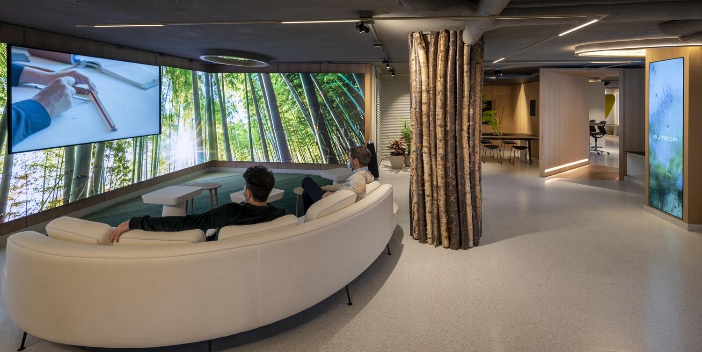 Experiencia audiovisuales en Diseño de oficinas Sutega LAB