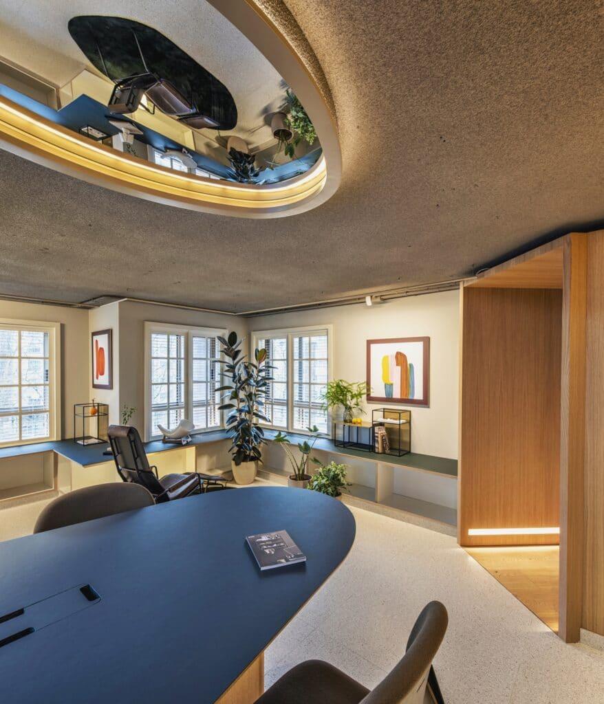 Solución de iluminación diseñada al efecto en Diseño de oficinas Sutega LAB